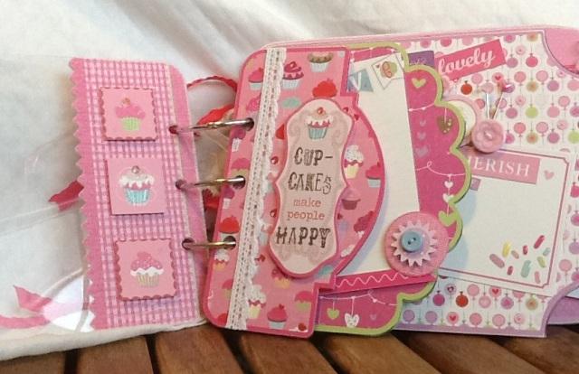 Cupcake Love Album 1